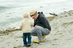 father_and_son_on_beach_by_iquitcountingstock-d3knr5p